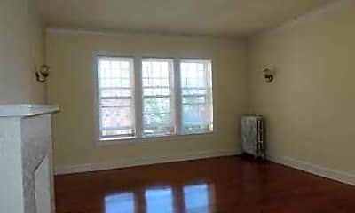 Living Room, 2210 Maple Ave, 2