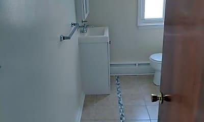 Bathroom, 706 N Franklin St, 1