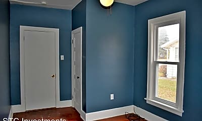 Bedroom, 419 N Johnson St, 2