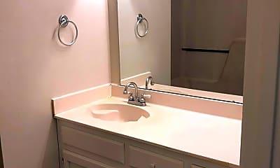 Bathroom, 5131 Nicholson Dr, 1