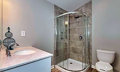 Bathroom, 162 N Smallwood Pl, 2