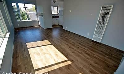 Living Room, 1120 Douglas Ave, 0