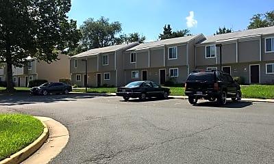 Chantilly Mews Apartments, 2