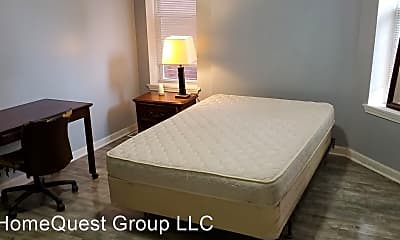 4805 Maffitt Ave, 1