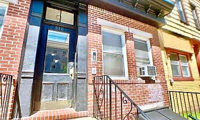 Building, 310 Monroe St 2, 2