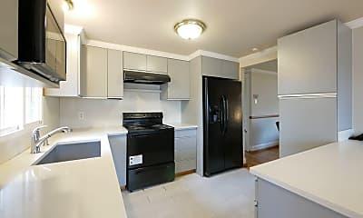 Kitchen, 719 S 136th St, 0