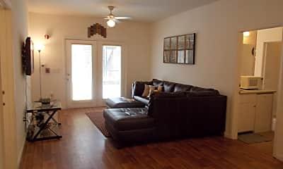Living Room, 2309 Old Bainbridge Rd, 1