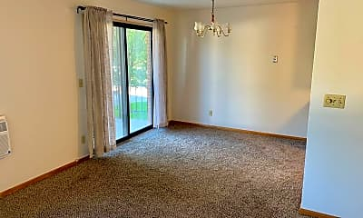 Bedroom, 212 6th St S, 1