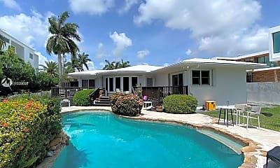 Pool, 9501 E Broadview Dr, 1