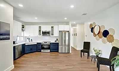 Living Room, 2622 NE 27th Ave, 1