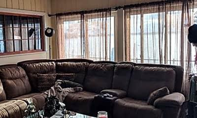 Living Room, 7303 N. Shore Trl, 1