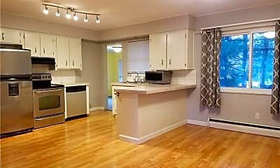 Kitchen, 3032 Englewood Dr, 1