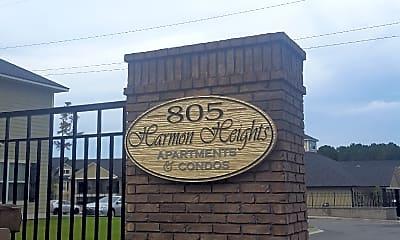 805 Harmon Heights, 1