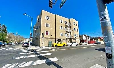 2451 Seminary Ave, 1