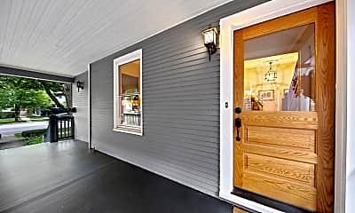 Living Room, 311 S Ridgeland Ave, 1