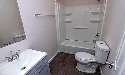 Bathroom, Room for Rent - Petersburg Home, 1