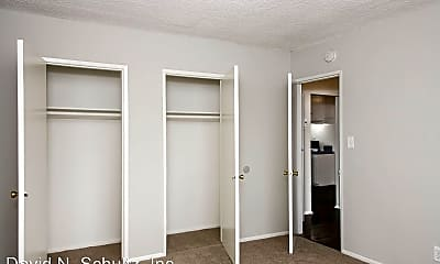 Bedroom, 1132 Rosedale Ave, 2