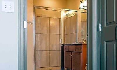 Bathroom, HH Warner Lofts, 2