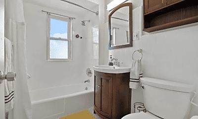 Bathroom, 7 Quincy St, 0