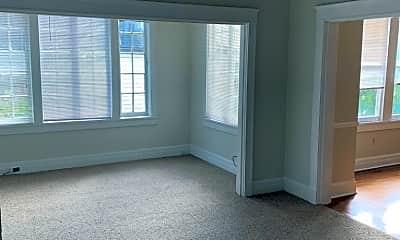 Living Room, 7836 St Charles Ave B, 1