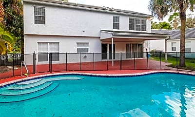 Pool, 7500 Red Bay Pl, 1