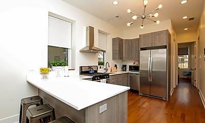 Kitchen, 532 N Ogden Ave 2, 1