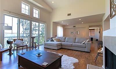 Living Room, 5702 Como Cir, 0