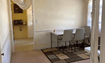 Living Room, 1146 Huntington Dr, 0