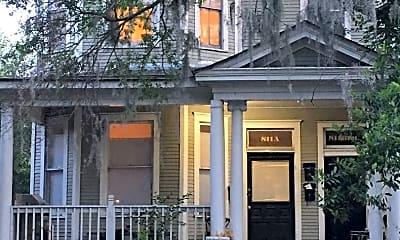 Building, 811 E Henry St, 0