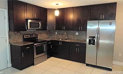Kitchen, 7208 Fairway Dr, 1