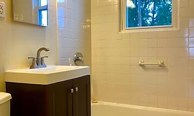 Bathroom, 713 Fourth Ave, 2