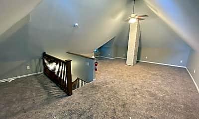 Living Room, 260 King Ave, 2