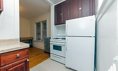 Kitchen, 4883 N Paulina St, 1