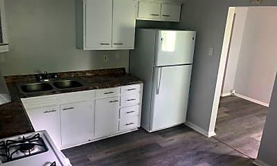 Kitchen, 1330 Pritchard St, 1