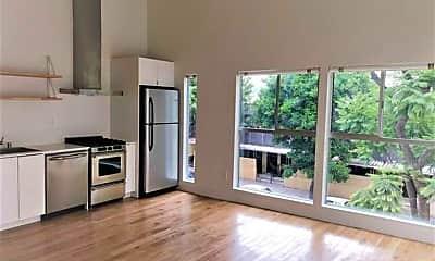 Kitchen, 967 N Madison Ave, 0