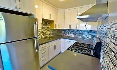 Kitchen, 5306 Bayview Ave, 0