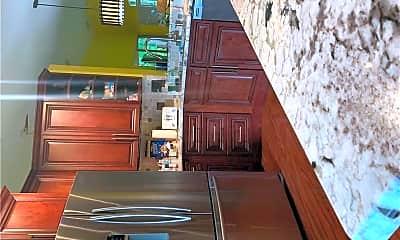 Kitchen, 5185 Elpine Way, 2