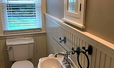 Bathroom, 8 Grant Pl, 2