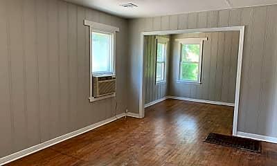 Living Room, 1701 E Madison St, 1