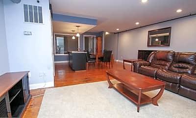 Living Room, 36 Strawberry St 45, 0
