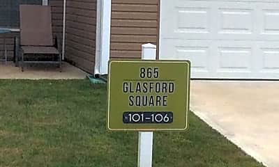 The Townhomes at Glasford Square, 1