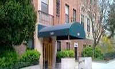 Building, 689 Fort Washington Ave, 0