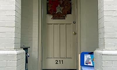 Building, 419 Warren Crescent, 1