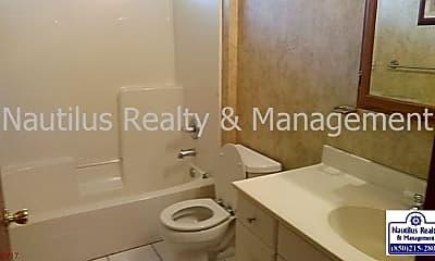 Bathroom, 117 Casa Pl, 2