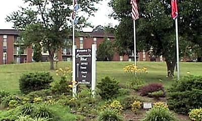 Crossroads West Apartments, 0