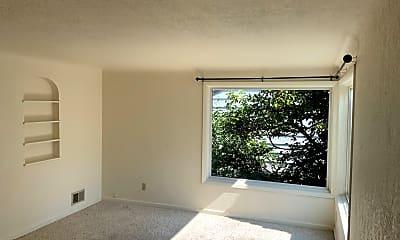 Living Room, 2396 Washington St, 1