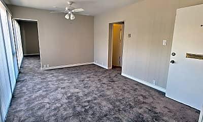 Living Room, 2135 2nd St, 2