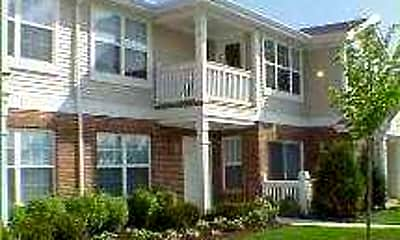 Building, York Meadow Apartment Homes, 2