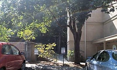 Casa Juanita, 2