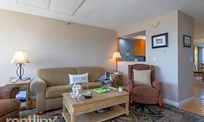 Living Room, 561 Ocean Blvd, 2